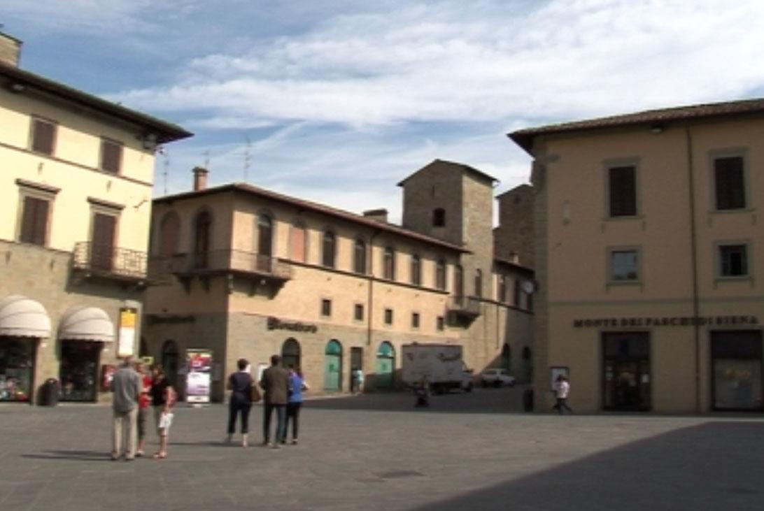 sansepolcro- piazza torre di berta scorcio