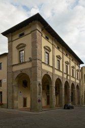 sansepolcro- palazzo delle laudi scorcio
