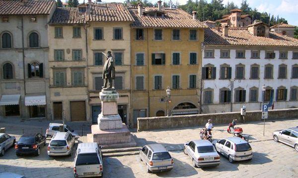 anghiari piazza principale