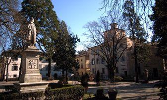 sansepolcro- giardino monumentale piero della francesca scorcio