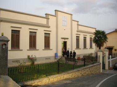 monterchi- ex scuola reglia museo madonna del parto musei civici de parto
